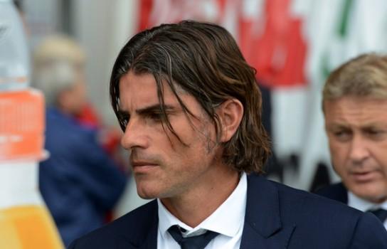 Il tecnico del Cagliari Diego Lopez