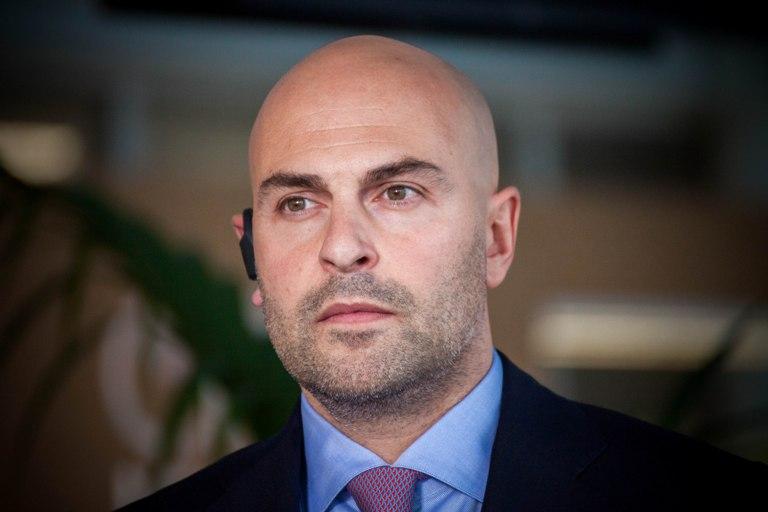 (ID) Barella tra Inter e Napoli. Offerte arrivate, il Cagliari valuta