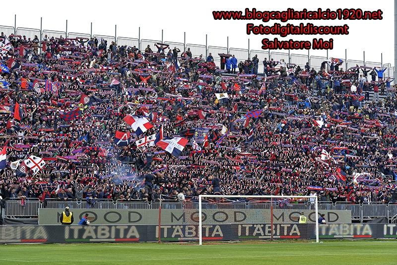 Cagliari avanti tutta: 5-2 alla Fiorentina e terzo posto in classifica