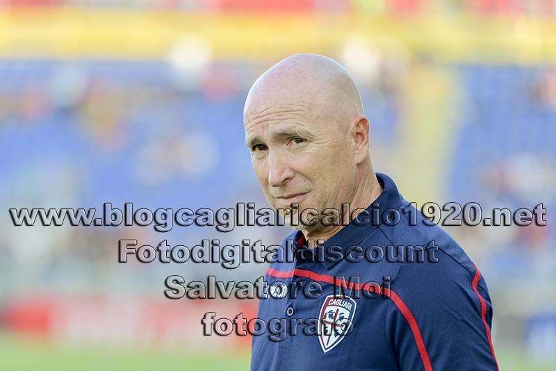 Cagliari show: Fiorentina umiliata 5-2. Gol e tre assist di Nainggolan